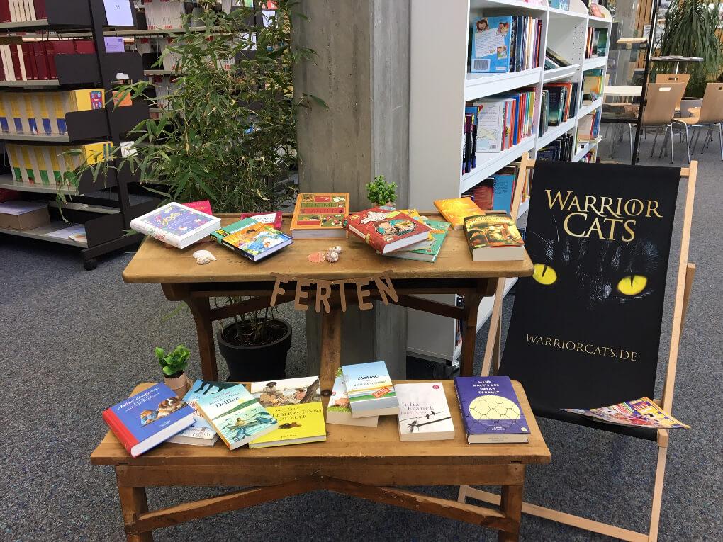 Grüße aus der Bibliothek: Lesestoff für die Ferien