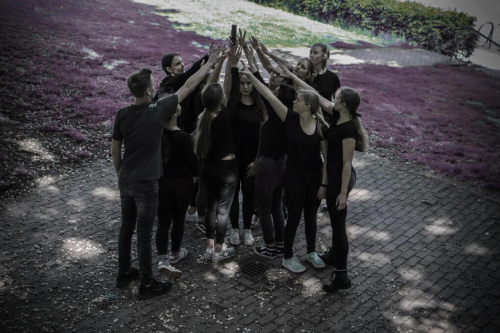 Einladung: Inszenierung mit Marienschülern und Schauspiel-Studenten