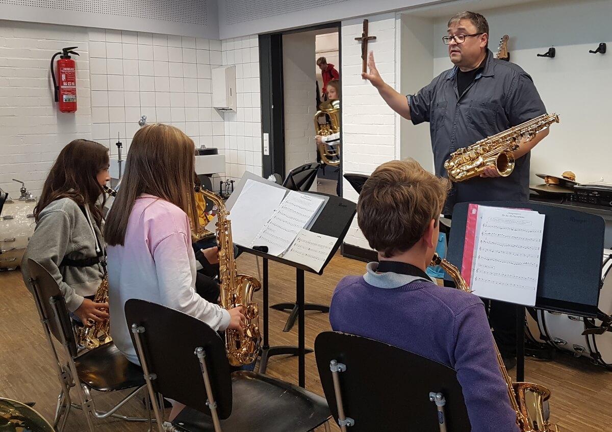 Neuer Saxofonlehrer der Musikschule im Bläserprojekt