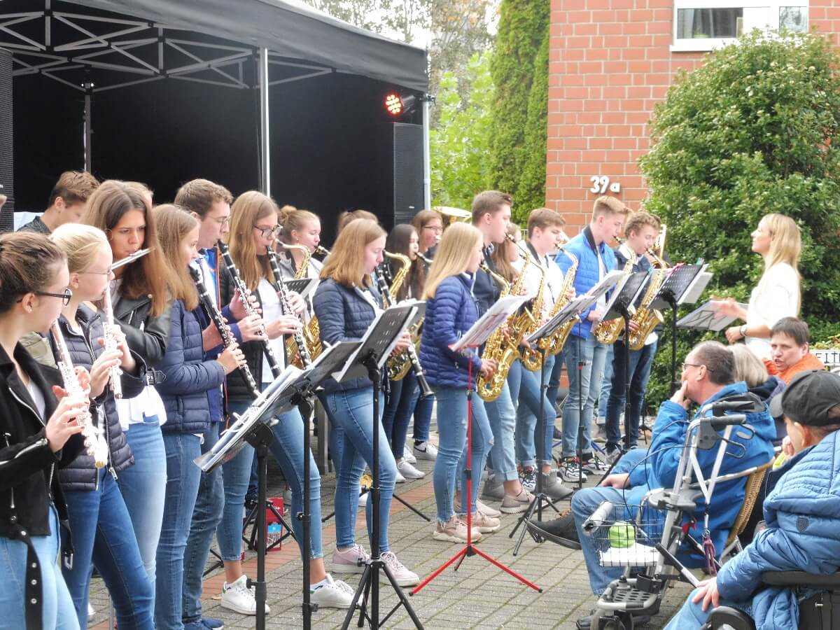 Konzert der Big Band beim 25jährigen Jubiläum der Lebenshilfe in Viersen-Anrath