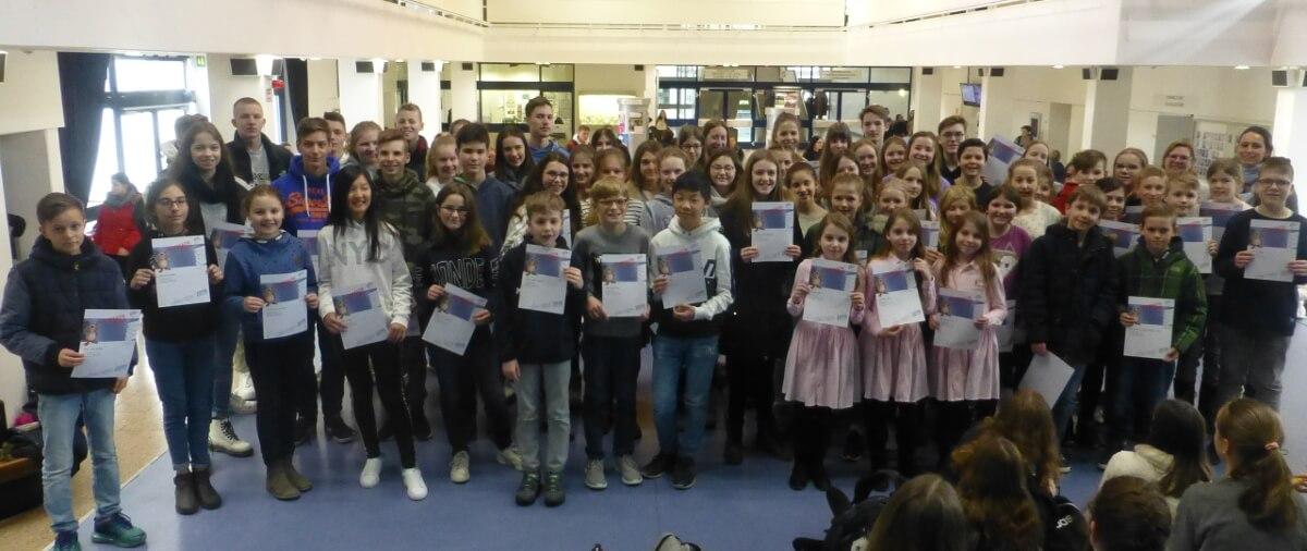 576 Schülerinnen und Schüler haben in diesem Schuljahr am Informatik-Biber teilgenommen