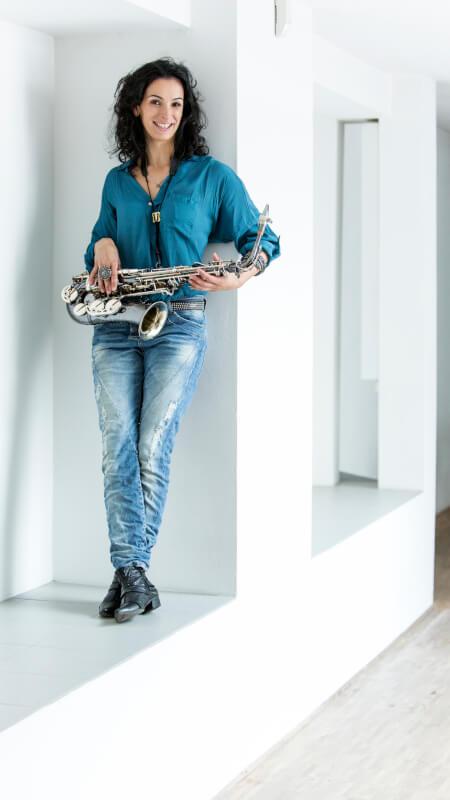 Angela Puxi ist die neue Saxofonlehrerin im Bläserprojekt